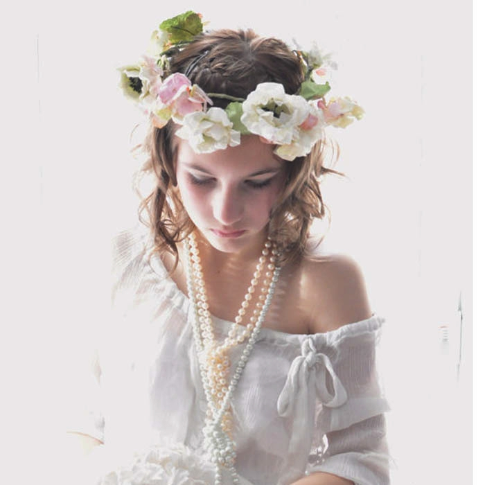Stealing The Crown: Five Ways to Work the Floral Crown Trend