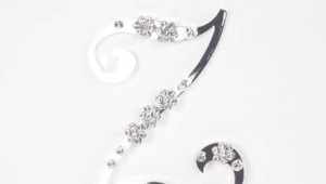 Ivory&Co-cake-jewellery01