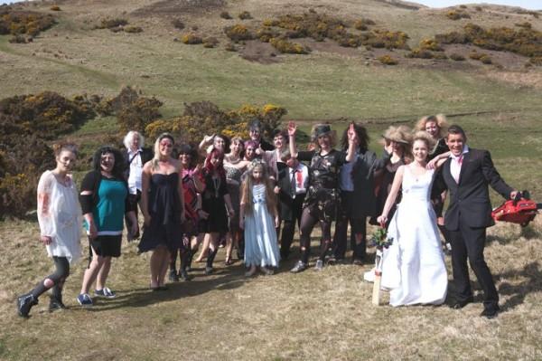 AliceMagazing-I2-Zombie-wedding-inspiration-0003