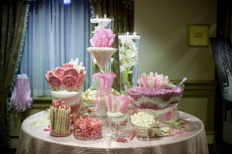 Sweet Buffet Stand Display Inspiration From Alice In Wedding Land