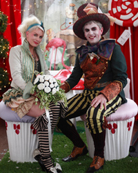 Alice in Wonderland Wedding – OMG!