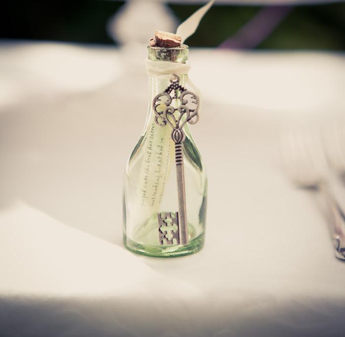 alice in wonderland wedding shoot by katherine newman 03 Alice In Wonderland inspired Wedding Shoot by Katherine Newman Wedding Blog