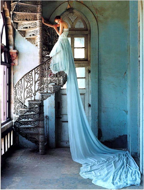 Tim Walker Fashion Photographer Extroadinaire: Inspiration for the unique Bride