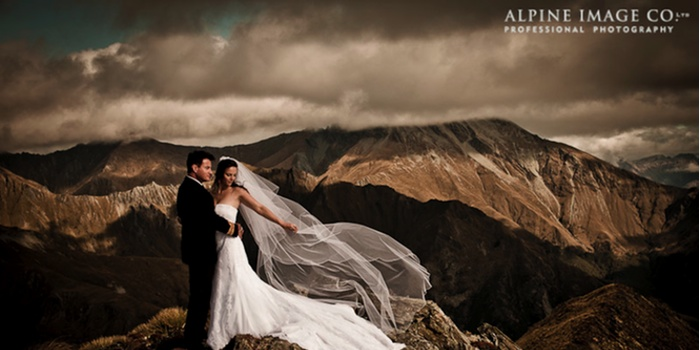 A Spectacular Wedding:  Getting married in the New Zealand Alpine Mountains