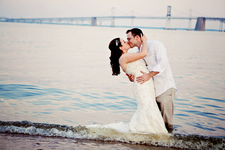 Trash The Dress in cool Annapolis style