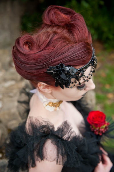 Wedding photo shoot: Victorian Gothic