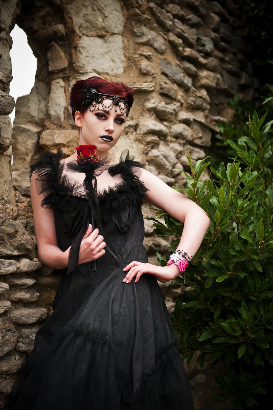 Victorian Gothic Wedding Dresses 25 Popular AliceInWeddingland Vintage gothic photo