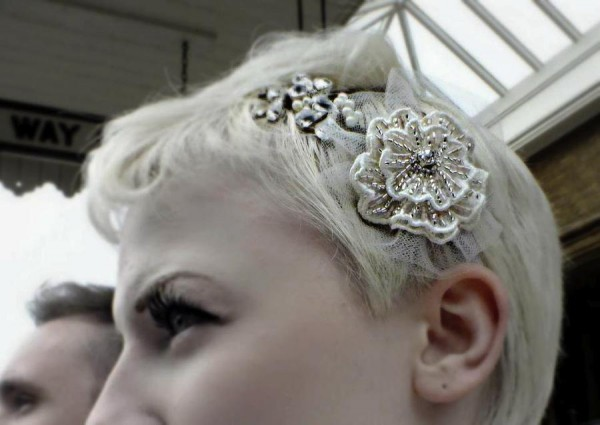 AliceInWeddingland-unique -bridal-headdresses-GlassOyster-03