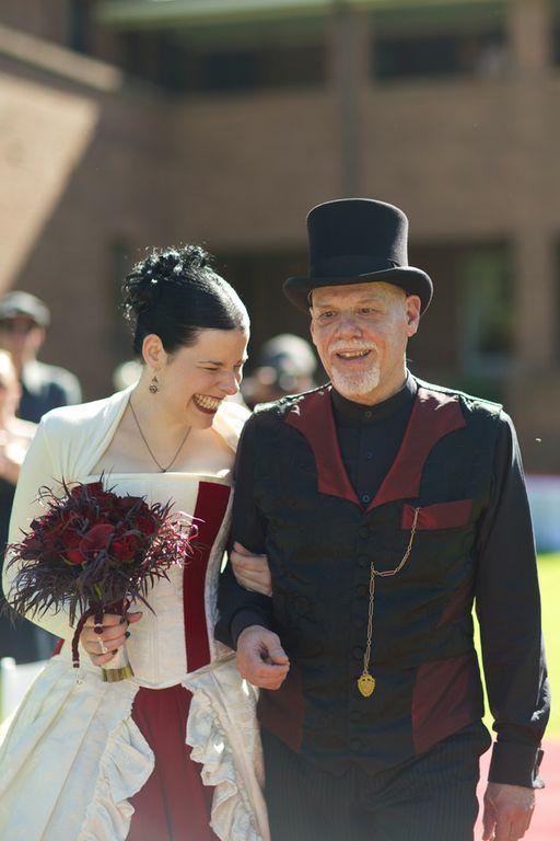 Gothic wedding - unique wedding blog - AIW - AngiePeadyPhotography05