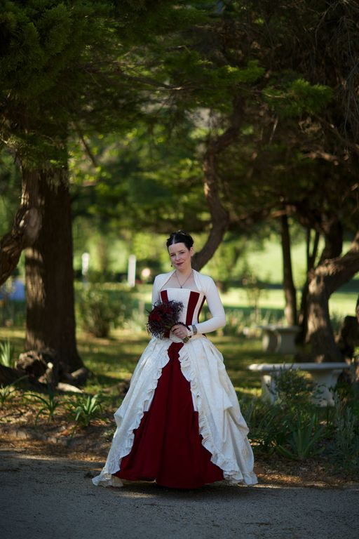 Victorian Gothic Wedding Dresses 22 Marvelous From Angie