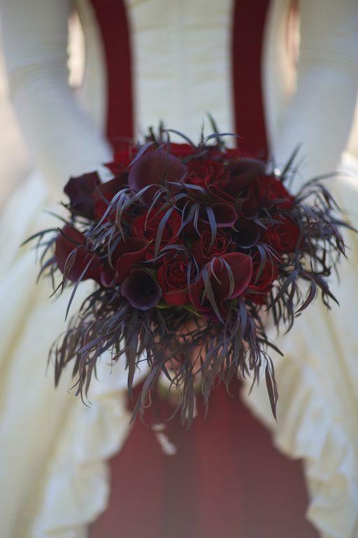 Gothic wedding - unique wedding blog - AIW - AngiePeadyPhotography12