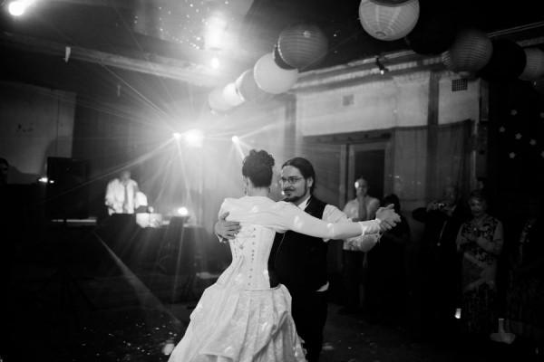 Gothic wedding - unique wedding blog - AIW - AngiePeadyPhotography16