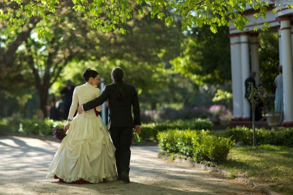 Gothic wedding - unique wedding blog - AIW - AngiePeadyPhotography19