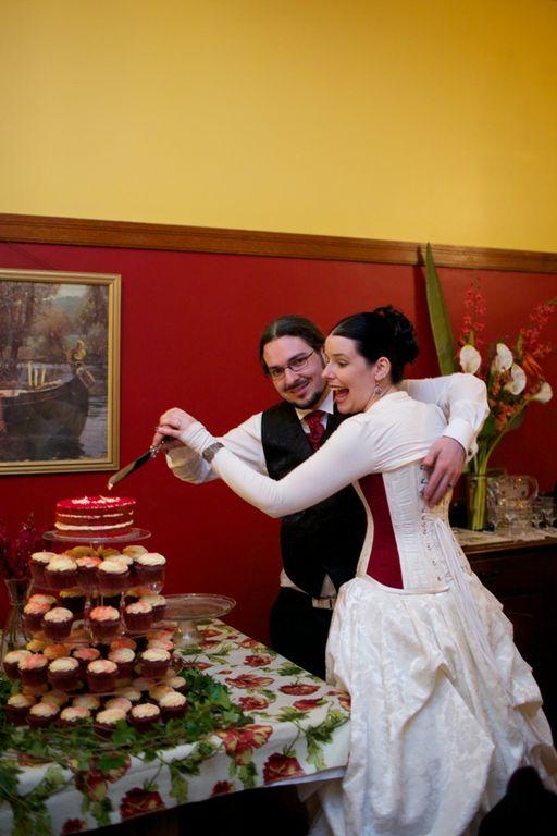 Red Gothic Wedding Dress 92 Luxury Gemma us handsome beau