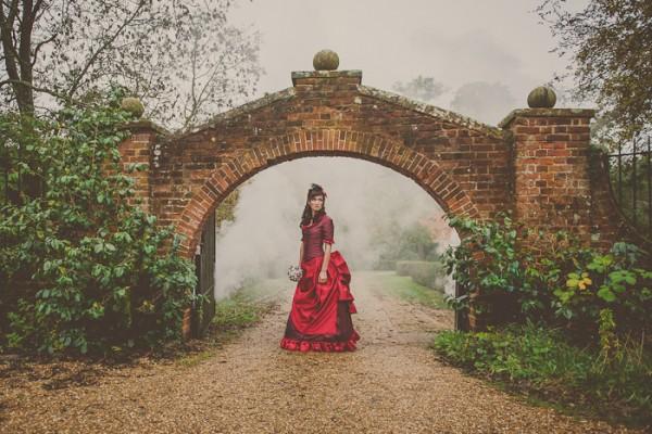Victorian_Bridal_Shoot_Heline_Bekker_01