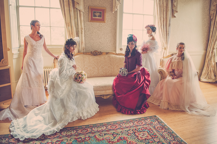 Wedding style a victorian styled wedding alice in weddingland wedding style a victorian styled wedding junglespirit Images