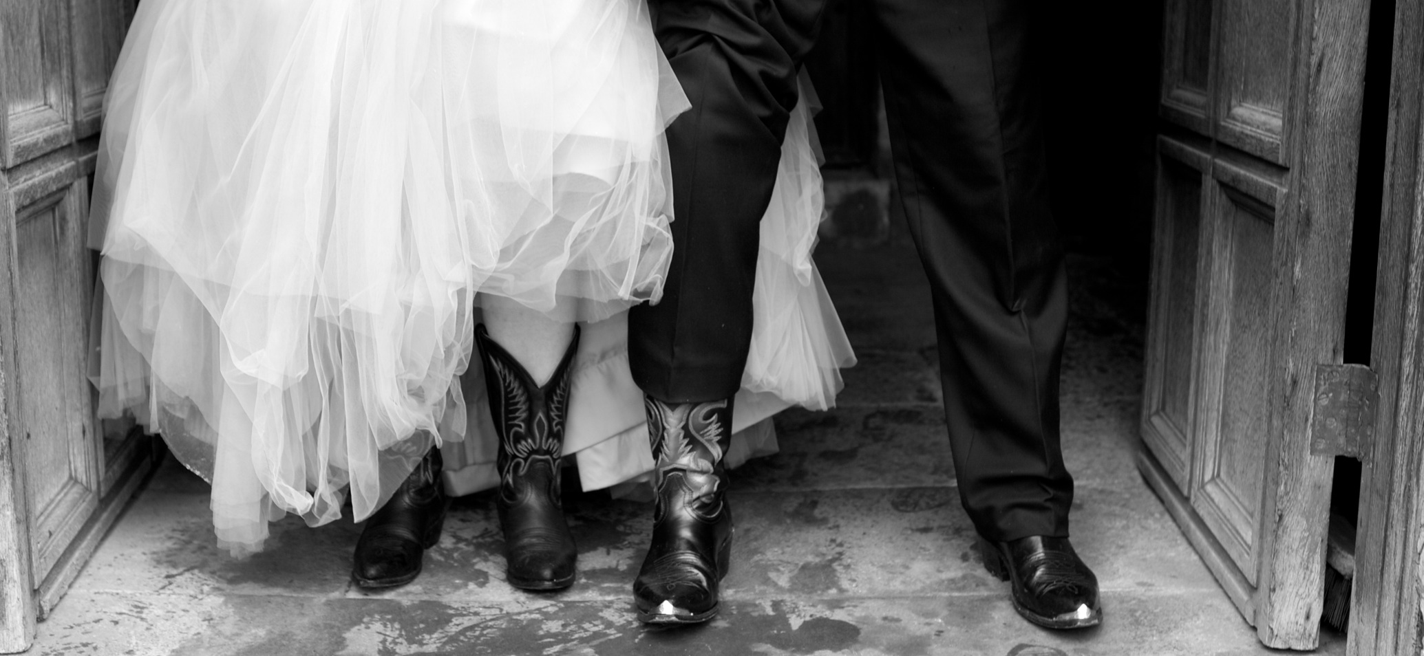 cowboy-boots-wedding-aliceinweddingland