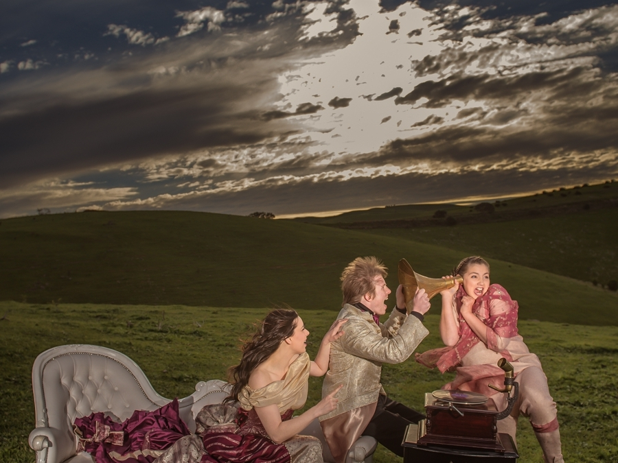 Extravagant and theatrical weddings are in!