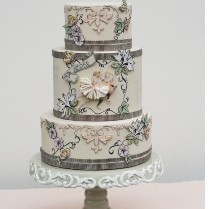 Unique Wedding Cake: Victorian inspiration