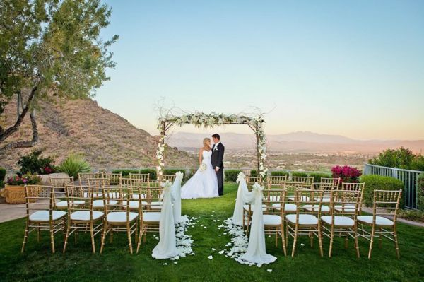 10 Eco-Friendly Ideas for Planning a Green Wedding